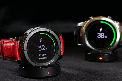 How to Charge Gear S4