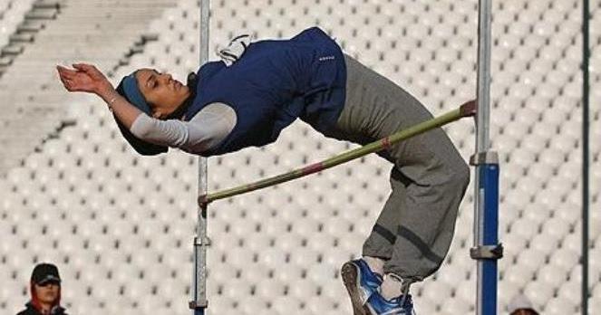 Teknik Melayang dan Mendarat Pada Lompat Tinggi Gaya Flop ...