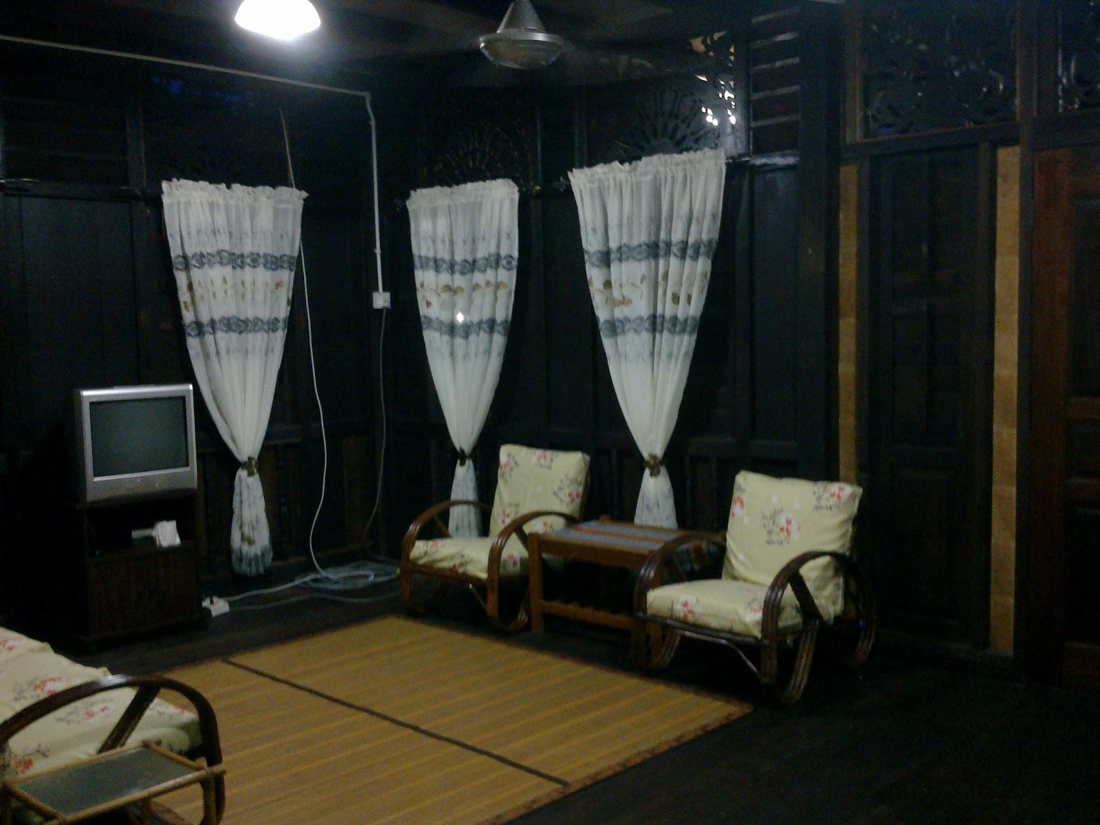 Deko Ruang Tamu Rumah Kayu Desainrumahid