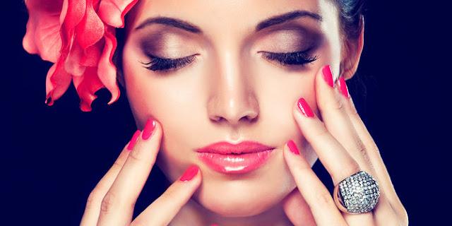 Inilah 13 Mitos Kecantikan Yang Salah, Tetapi Masih Dipercaya