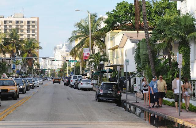 Collins Avenue em Miami