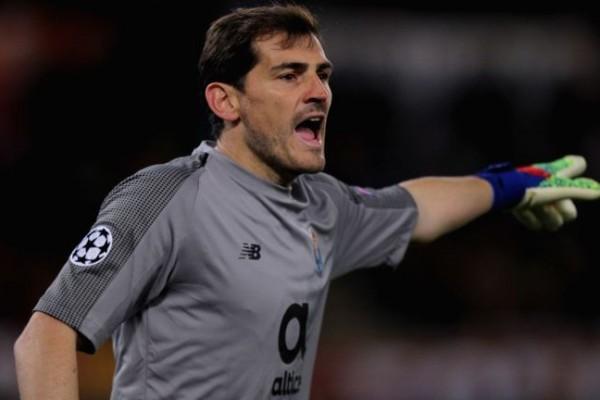 Perpanjang Kontrak, Iker Casillas Pastikan Pensiun di Porto