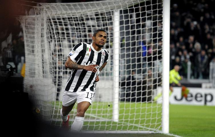 "Douglas Costa: ""Nastavljamo vršiti pritisak na Napoli"""