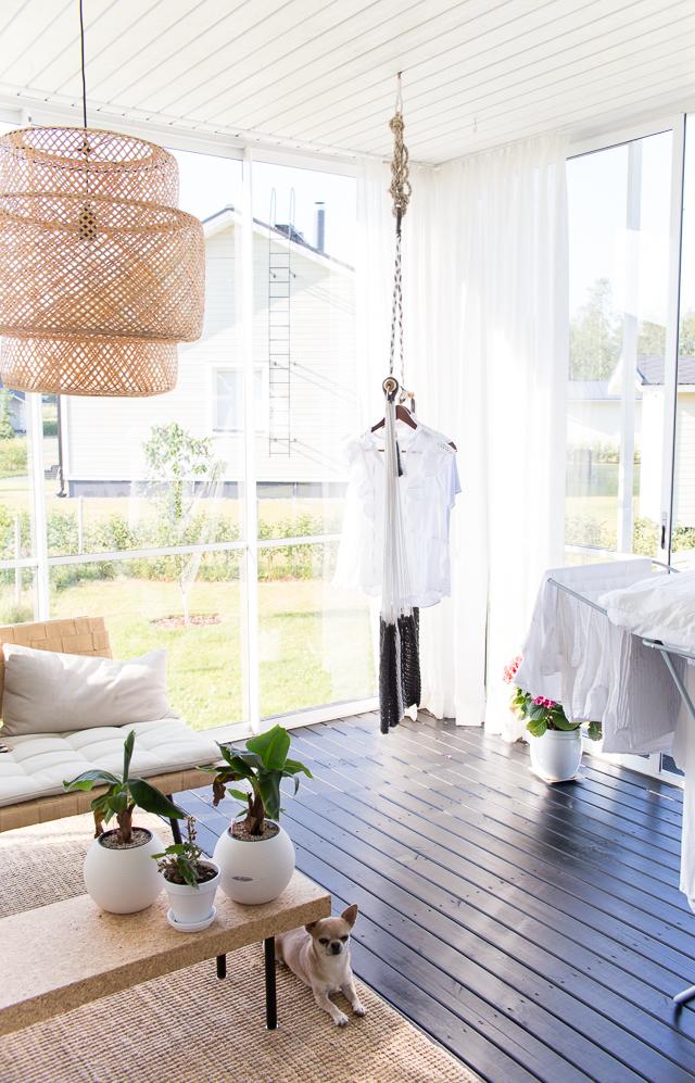 pyykkipäivä, siivouspäivä, terassin sisustus, riipputuoli