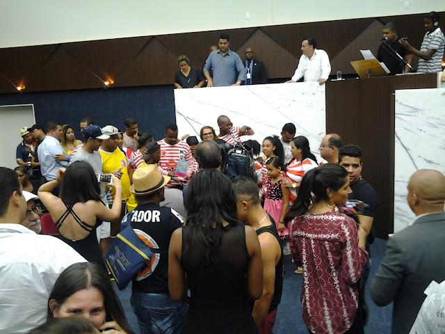 BLOCO CARICATO  TRI CAMPEÃO MULATOS DO SAMBA  GANHA CARNAVAL DE BH EM  2017