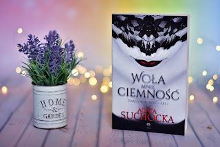 """Agata Suchocka - """"Woła mnie ciemność. Daję Ci wieczność - Akt I"""" [+18]"""