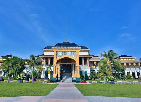 Tempat wisata Maimun Medan