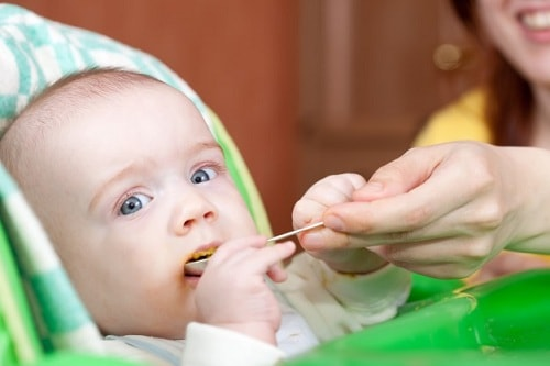 زيادة وزن الرضيع بسرعه