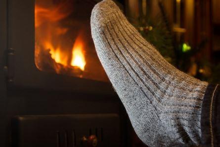 apr s avoir lu ceci vous n aurez plus jamais froid aux pieds la meilleure astuce pour garder. Black Bedroom Furniture Sets. Home Design Ideas