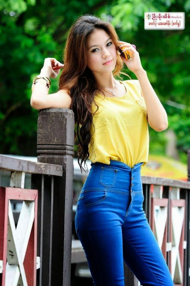 Khin Thazin  Myanmar Famous Models-3892