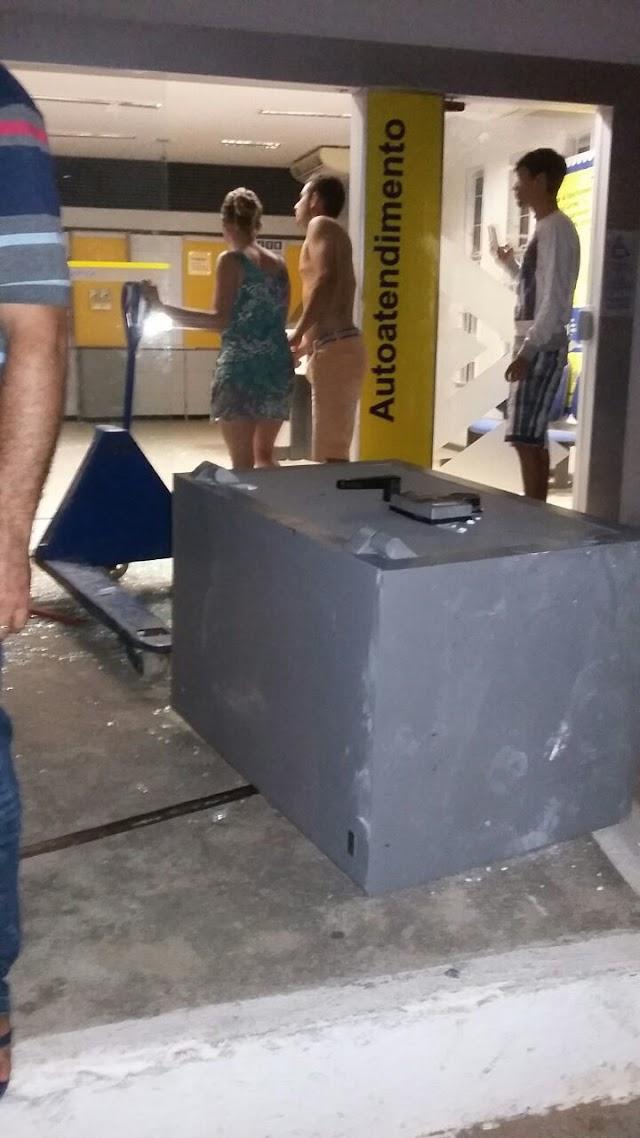 Quadrilha ataca agência do BB de Cariús na madrugada. Foi o quinto roubo a bancos em uma semana