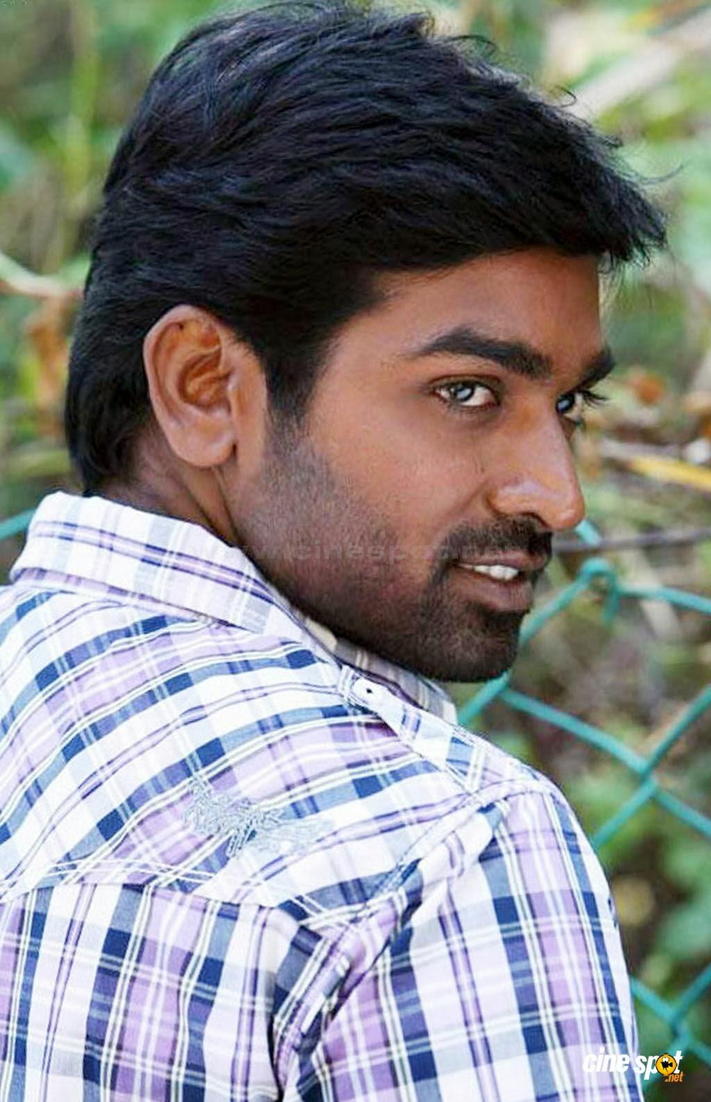 Vijay Sethupathi PANNAIYARUM PAD...