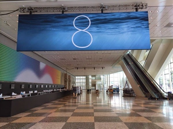 Apple iOS 8 Logo and Banner Images