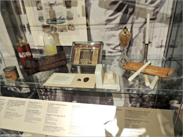 Aceite de Ballena y Otros Productos en el Museo de las Ballenas de New Bedford
