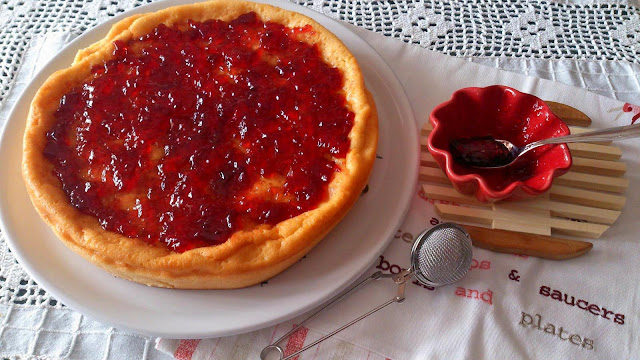 pastel turco yogur cobertura jalea arándanos rojos gordom ramsay jugoso postre merienda fiesta sencillo horno receta