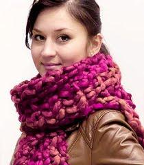 Как да носим дебел зимен шал