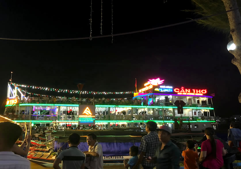 Du thuyền Cần Thơ