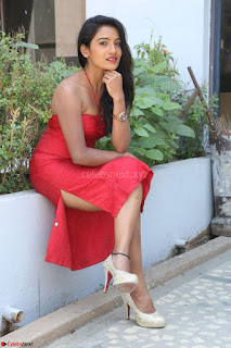 Mamatha sizzles in red Gown at Katrina Karina Madhyalo Kamal Haasan movie Launch event 009.JPG