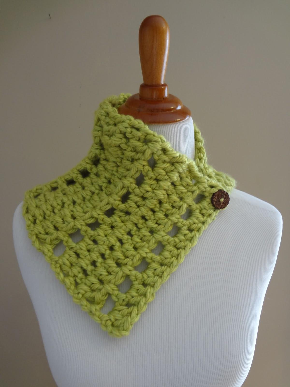 Fiber Flux: Free Knitting Pattern...Strawberry Jam Neck Wrap!
