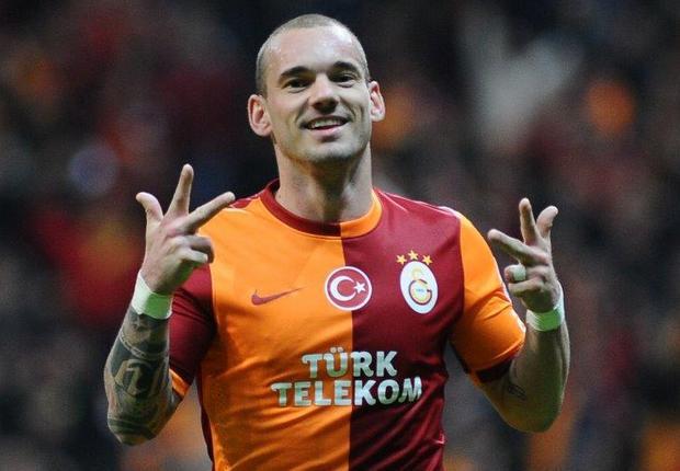 Dirumorkan ke Persib Bandung, Agen Wesley Sneijder Ungkap Hal Mengejutkan