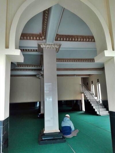Masjid Ldii yang Plaing Dekat dengan Telaga Sarangan Magetan