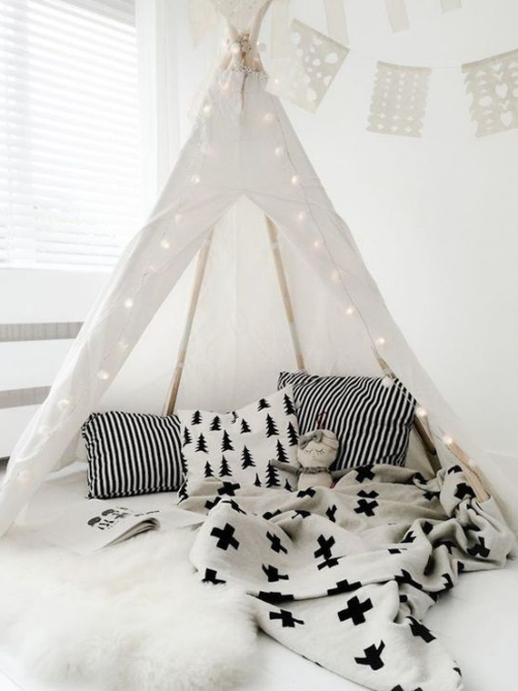 black and white, neutral tones in kids rooms