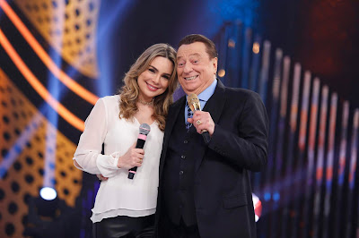 Rachel Sheherazade e Raul Gil (Crédito: Rodrigo Belentani/SBT)