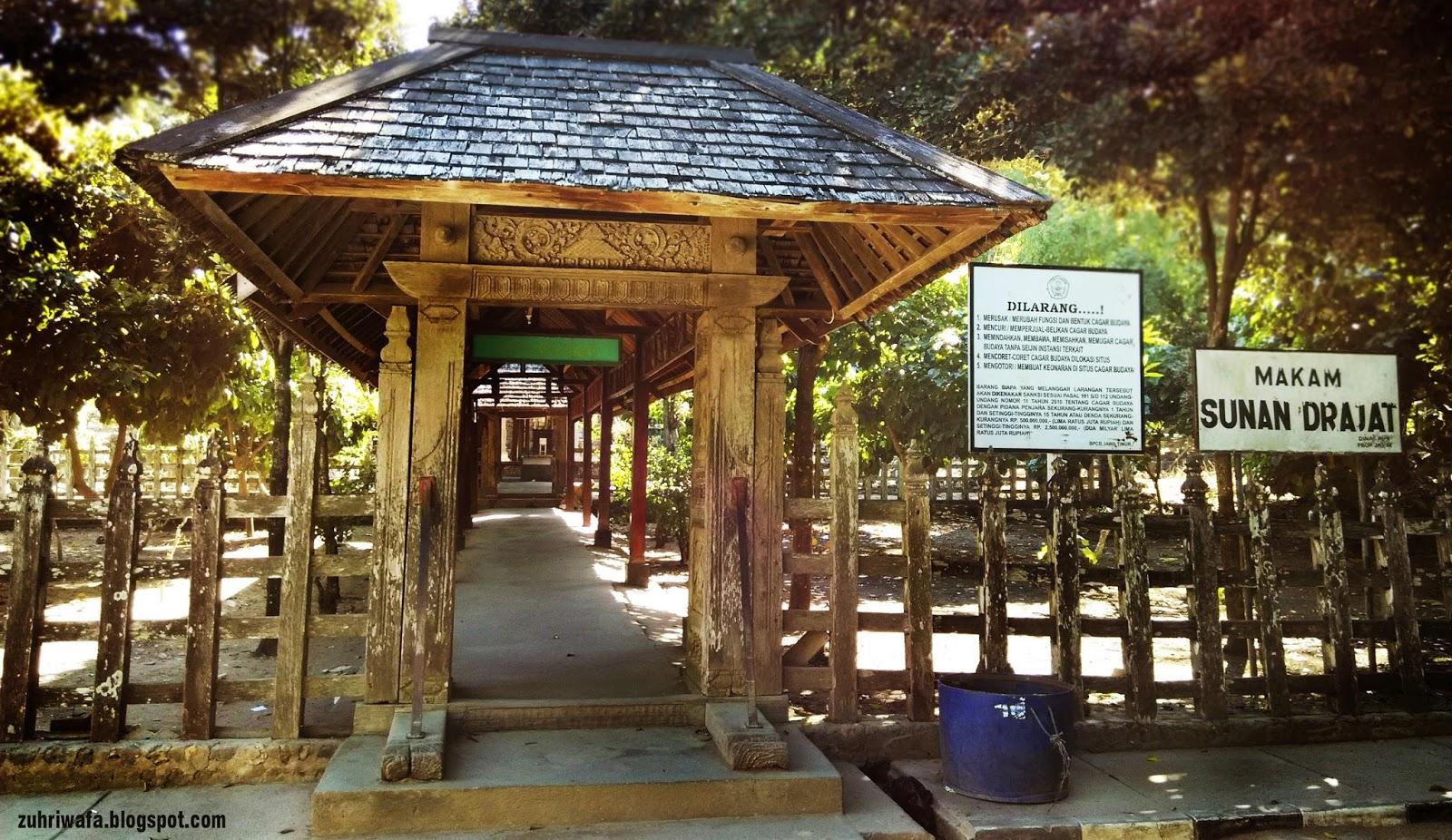 1 - Wisata Religi Wali Songo yang Tersebar di Seluruh Pulau Jawa
