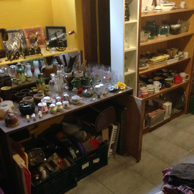 Üveg, kerámia, háztartási eszközök - igen nagy a választék