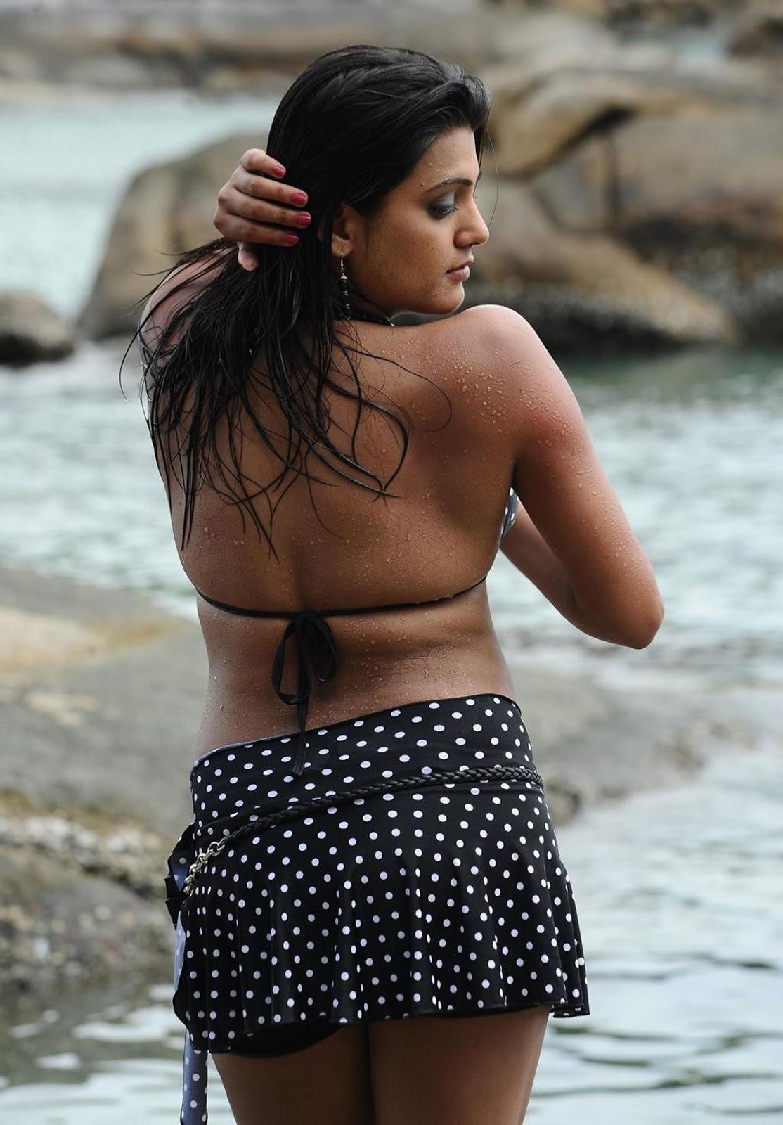 wet winning tashu kaushik latest hot spicy photos stills in beach