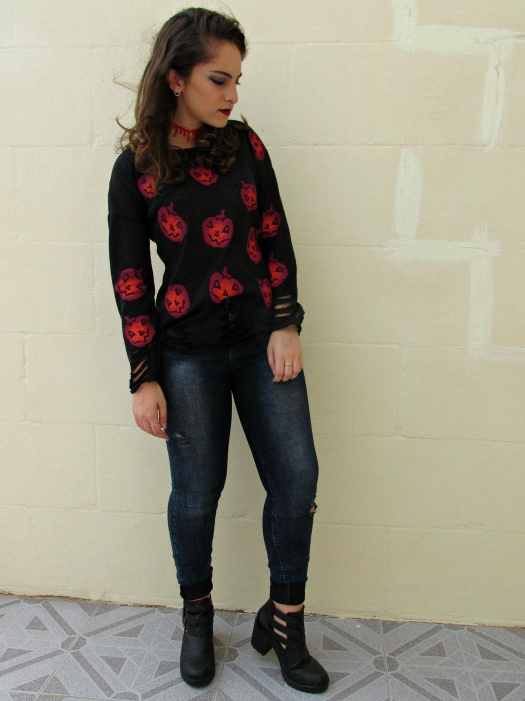 Halloween outfit with Rosegal, blood choker, pumpkin sweater, Rosegal review