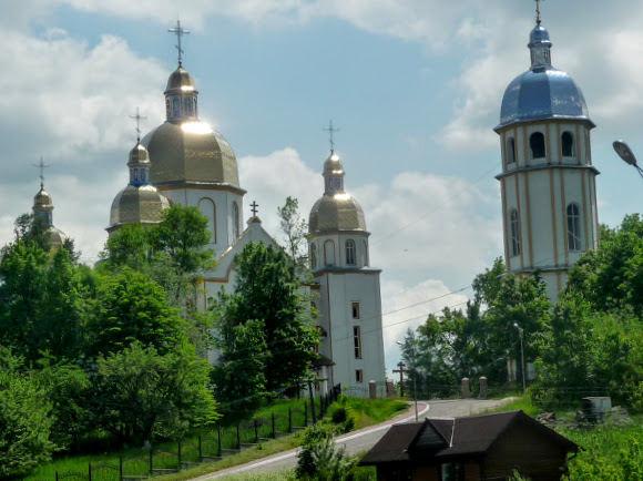 Долина. Свято-Успенський собор