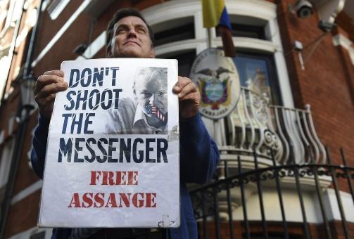 Ecuador pide garantías de que Assange no será extraditado