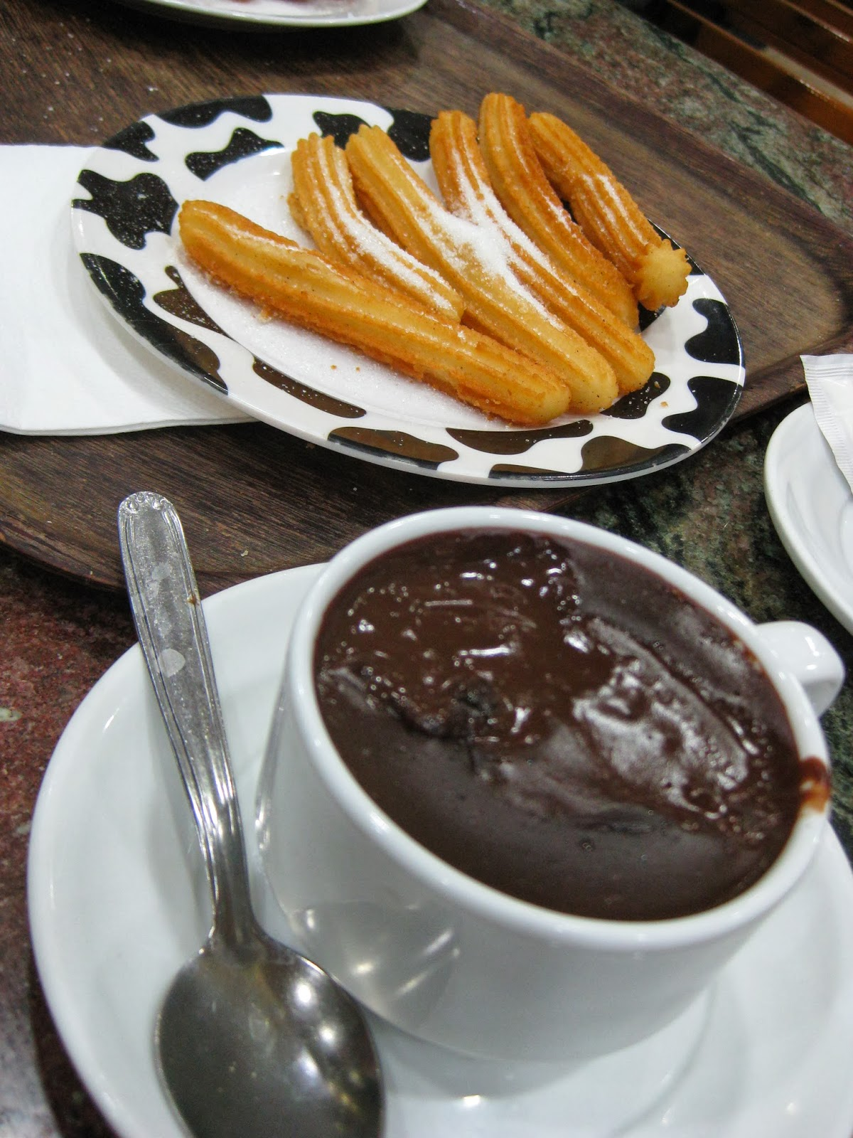 San Sebastian - chocolate con churros at Santa Lucia