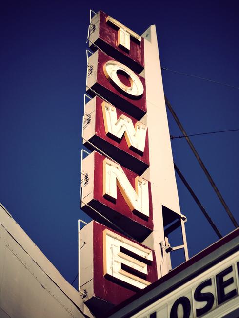 Towne Theatre Medicine Hat