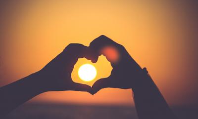http://www.katabijakpedia.com/2018/01/kata-kata-bijak-cinta-penuh-makna-dan-kasih-sayang.html