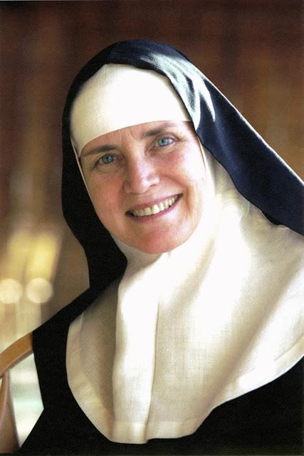 Resultado de imagem para como vive hoje atriz vira freira Dolores Hart,