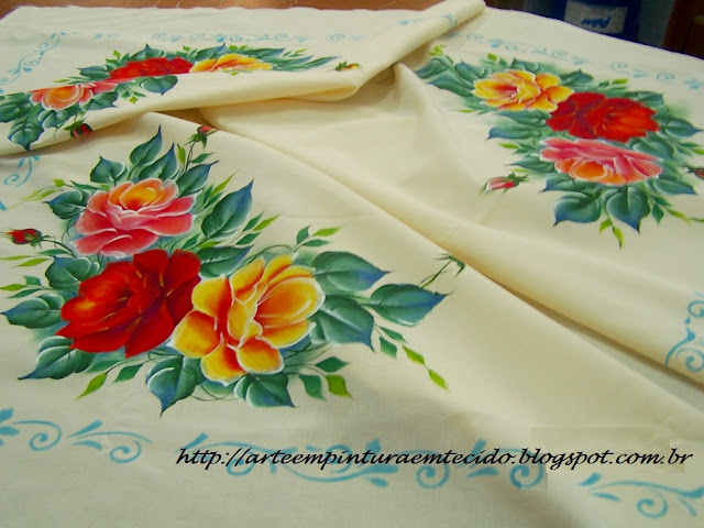 toalha de mesa pintada a mão