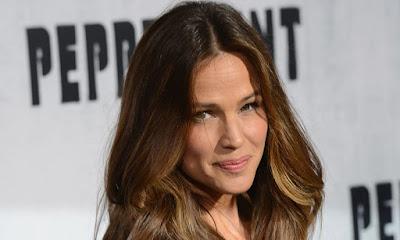 Jennifer Garner Makes First Public Appearance Since Her Split With Ben Affleck