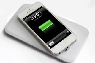 4 Dampak Buruk Jika Smartphone Di Charger Semalaman