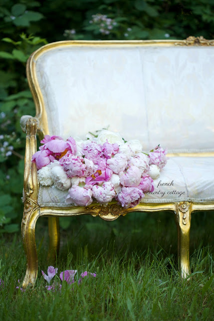 French Country Fridays- Vintage French Settee