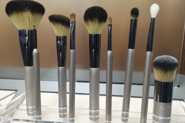 Delilah-Cosmetics-brushes