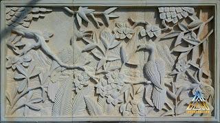 Relief batu alam paras jogja (Batu putih) gambar burung rangkong