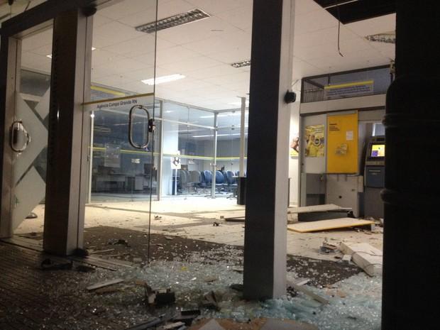 Mais um: Quadrilha explode caixa de banco em Campo Grande, no Oeste potiguar