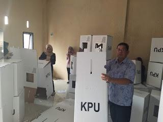 Perakitan Kotak Suara Pemilu 2019