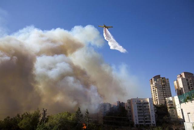 srael Dikepung Kebakaran Setelah Larangan Azan