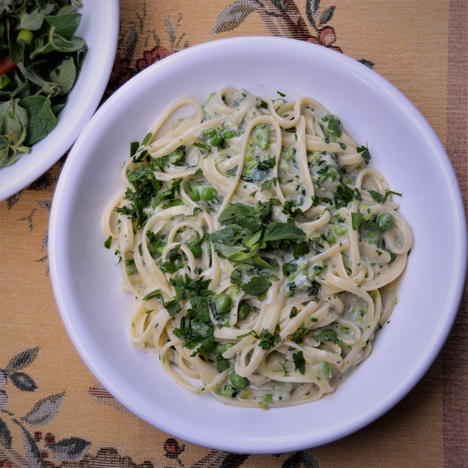 Pasta primavera a la jamie olivergluten free bake free en i was watching a jamie oliver show on tv the other day and saw him preparing this amazing pasta dish it looked delicious and i decided to try it with forumfinder Image collections