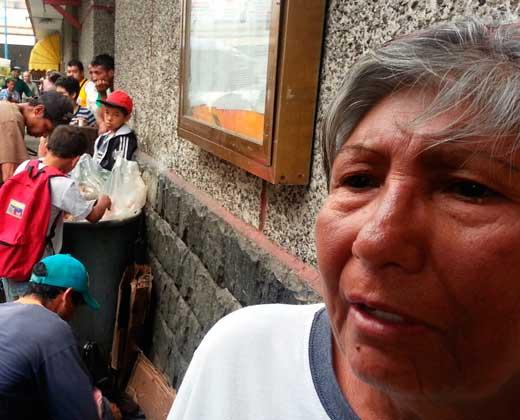 CRÓNICA/ Venezolanos que buscan comida entre la basura cuentan su historia