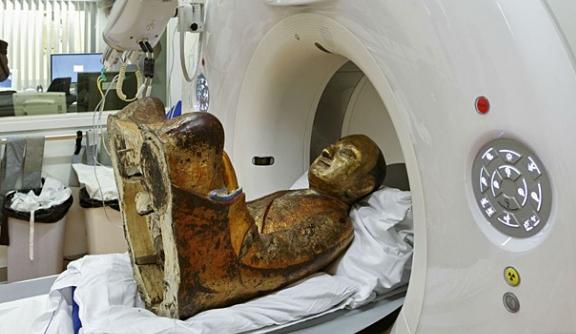 Heboh, Mumi Ditemukan Tersembunyi Dalam Patung Budha