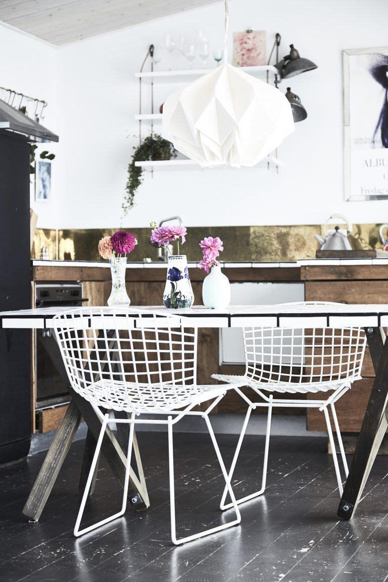 nom d 39 une maison danoise et simple mais avec des. Black Bedroom Furniture Sets. Home Design Ideas